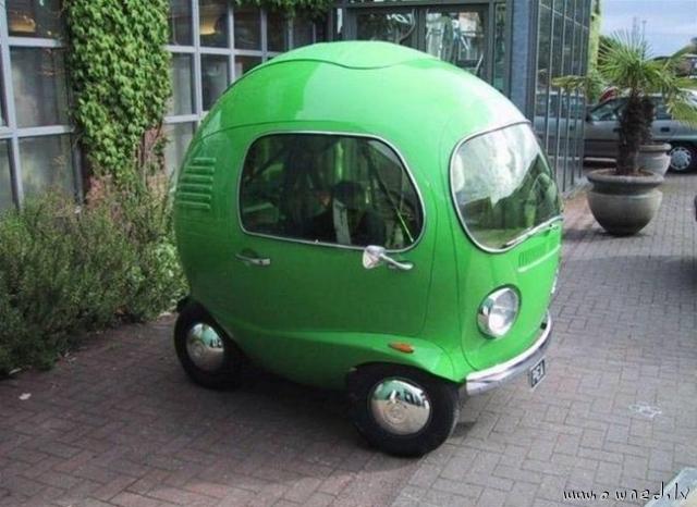 Strange Car Ownedlv