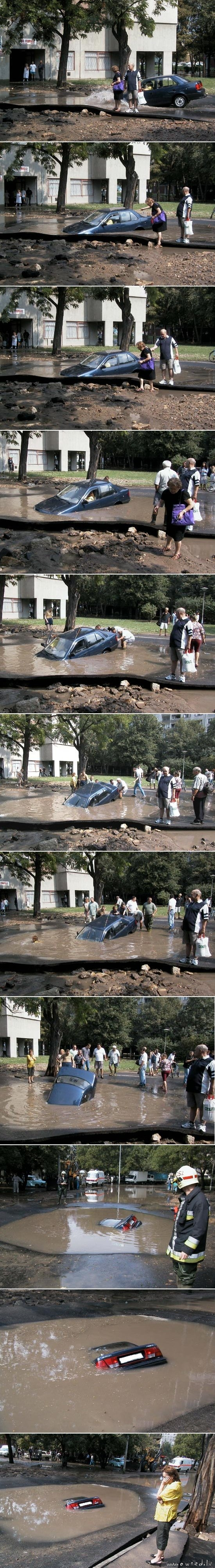 Drowning car