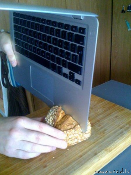MacBook Air sharp enough to slice bread