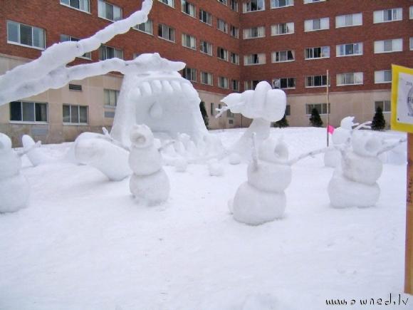 Cool snow figures